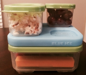 Photo of filled lunch containers