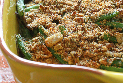 close up of green bean casserole with crumb topping